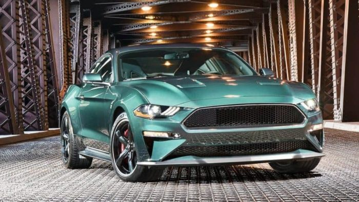 2019 Ford Mustang Bullit front 3/4 view