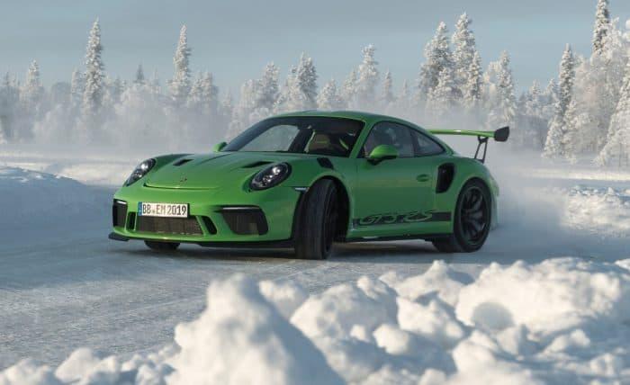 2019 Porsche 911 GT3 RS 3/4 view