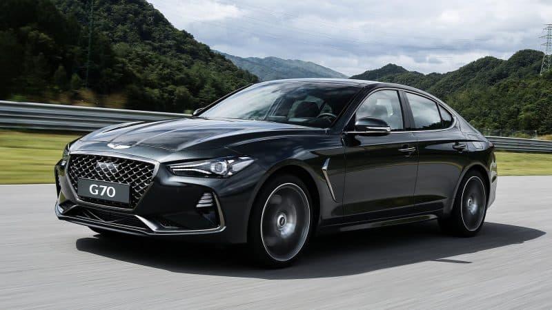 The upcoming 2019 Genesis G70 sedan 3/4 view
