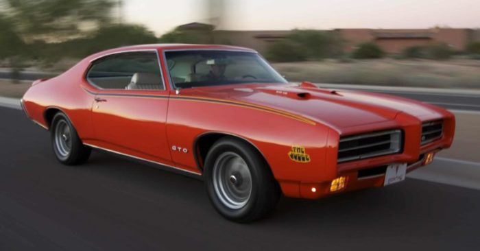 "1969 Pontiac GTO ""The Judge"" Old School Cars"