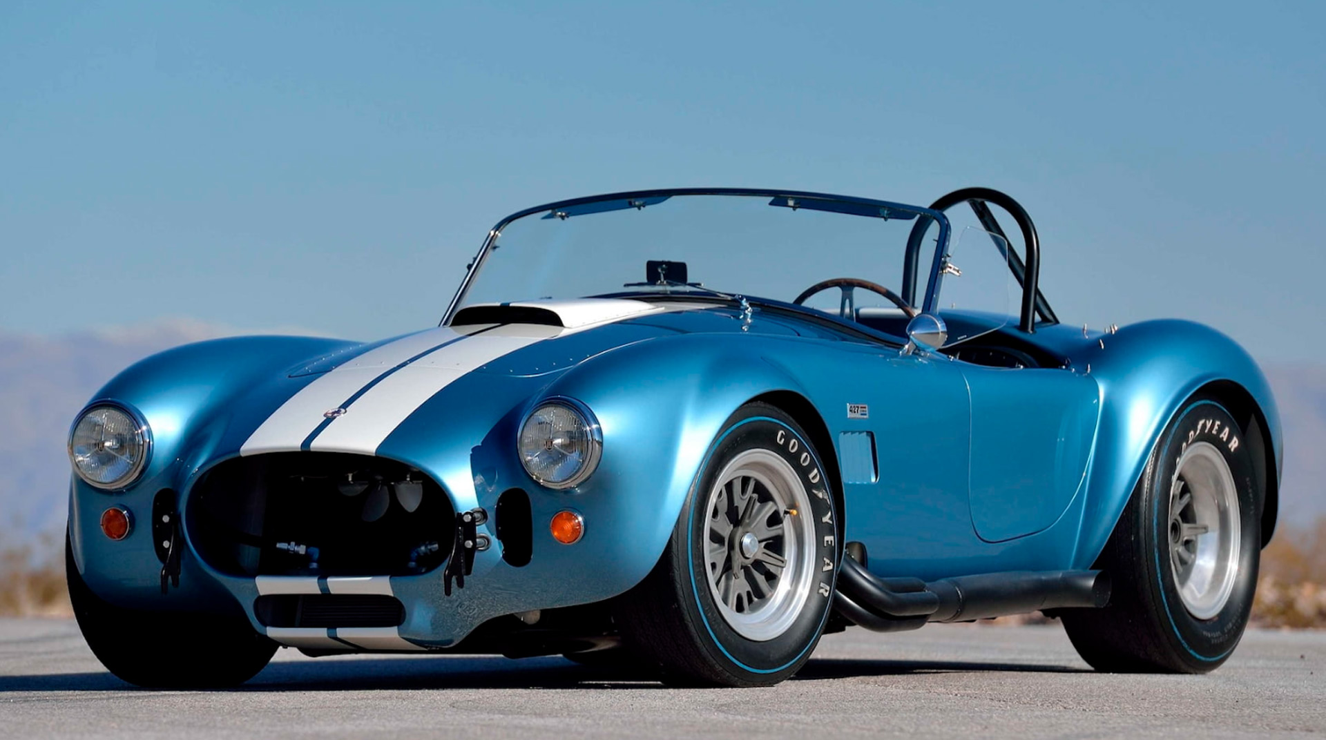 old-school muscle cars:1965-1967 Shelby Cobra 427 S/C Roadster