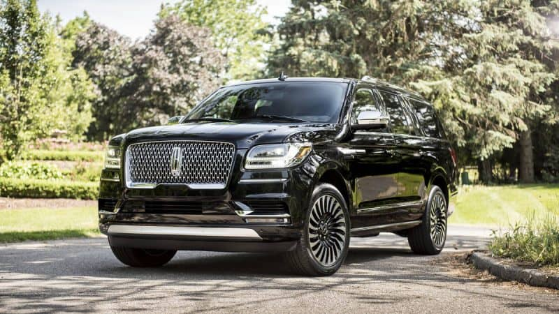 Lincoln Navigator front 3/4 view