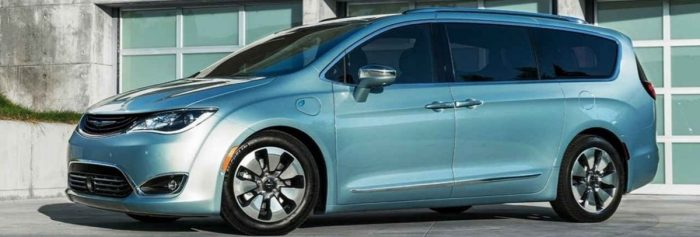 2019 Chrysler Pacifica - minivan