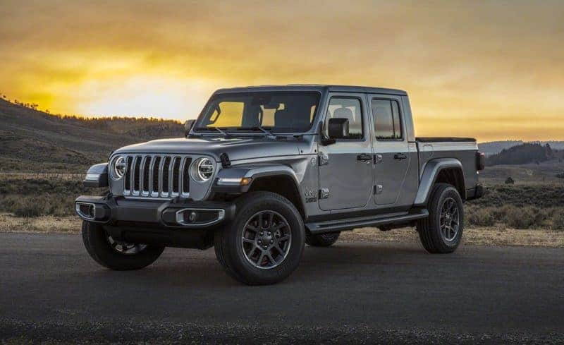 2020 Jeep Gladiator front 3/4 view