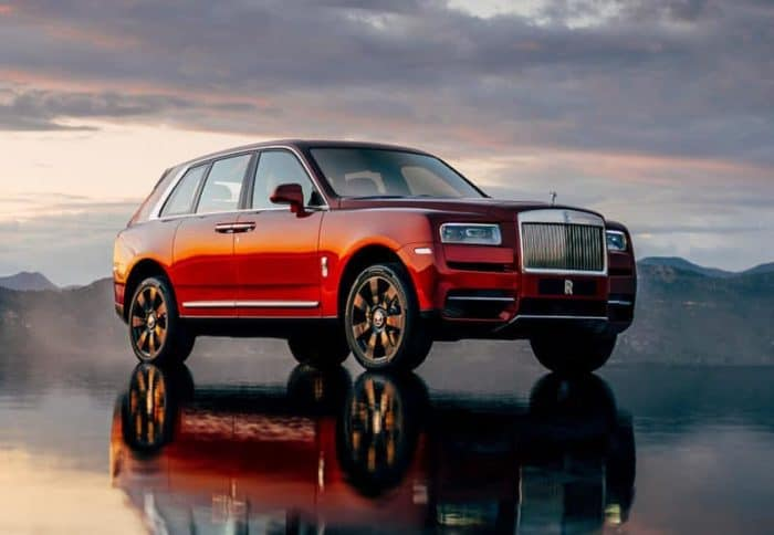 Rolls-Royce Cullinan front 3/4 view