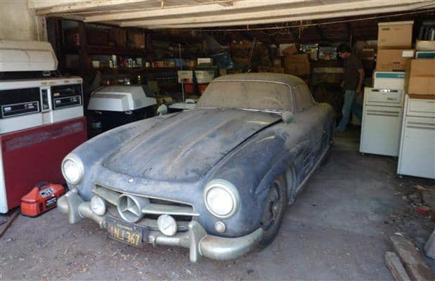 Mercedes-Benz 300SL Gullwing - one of 29 alloy-bodied specials