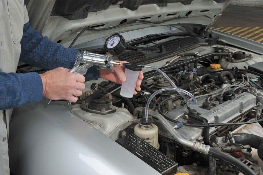 Bleeding Fluid Kit,3L Quick Clean Manual Brake Bleed Pressure High Efficient Car Brake Bleeder Kit For Car Pneumatic Brake Bleeding Tool