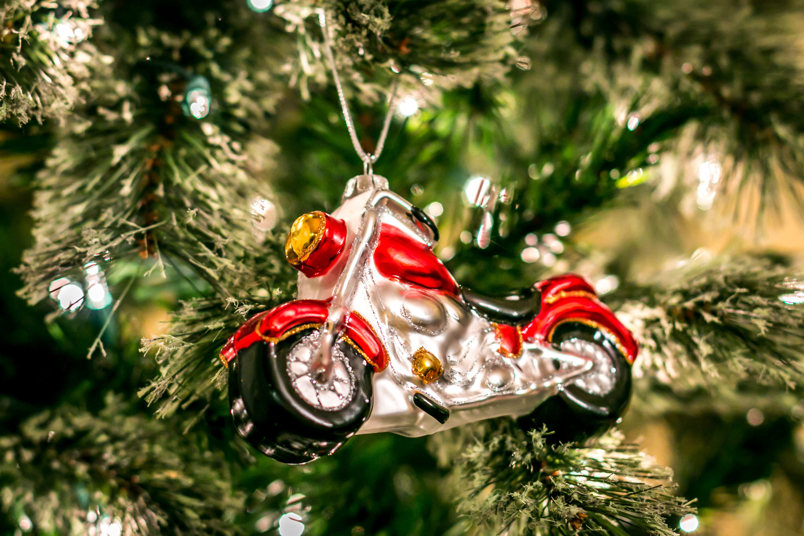 Best Motorcycle Gifts for Bikers in 2021
