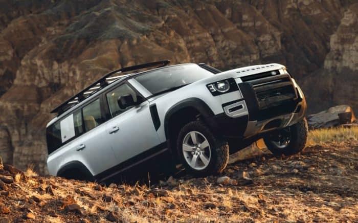 Land Rover Defender off-road