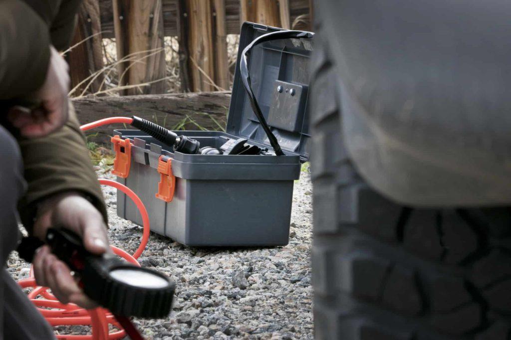ARB single portable air compressor in use