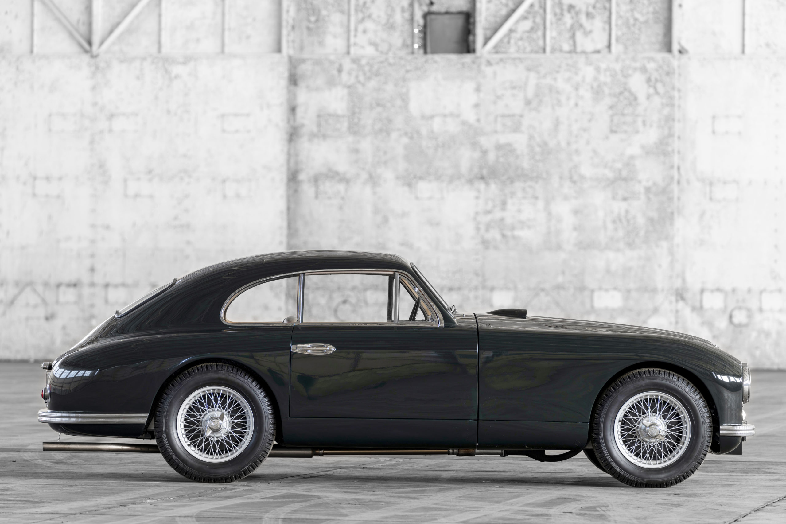Aston Martin DB2 with Vantage specification