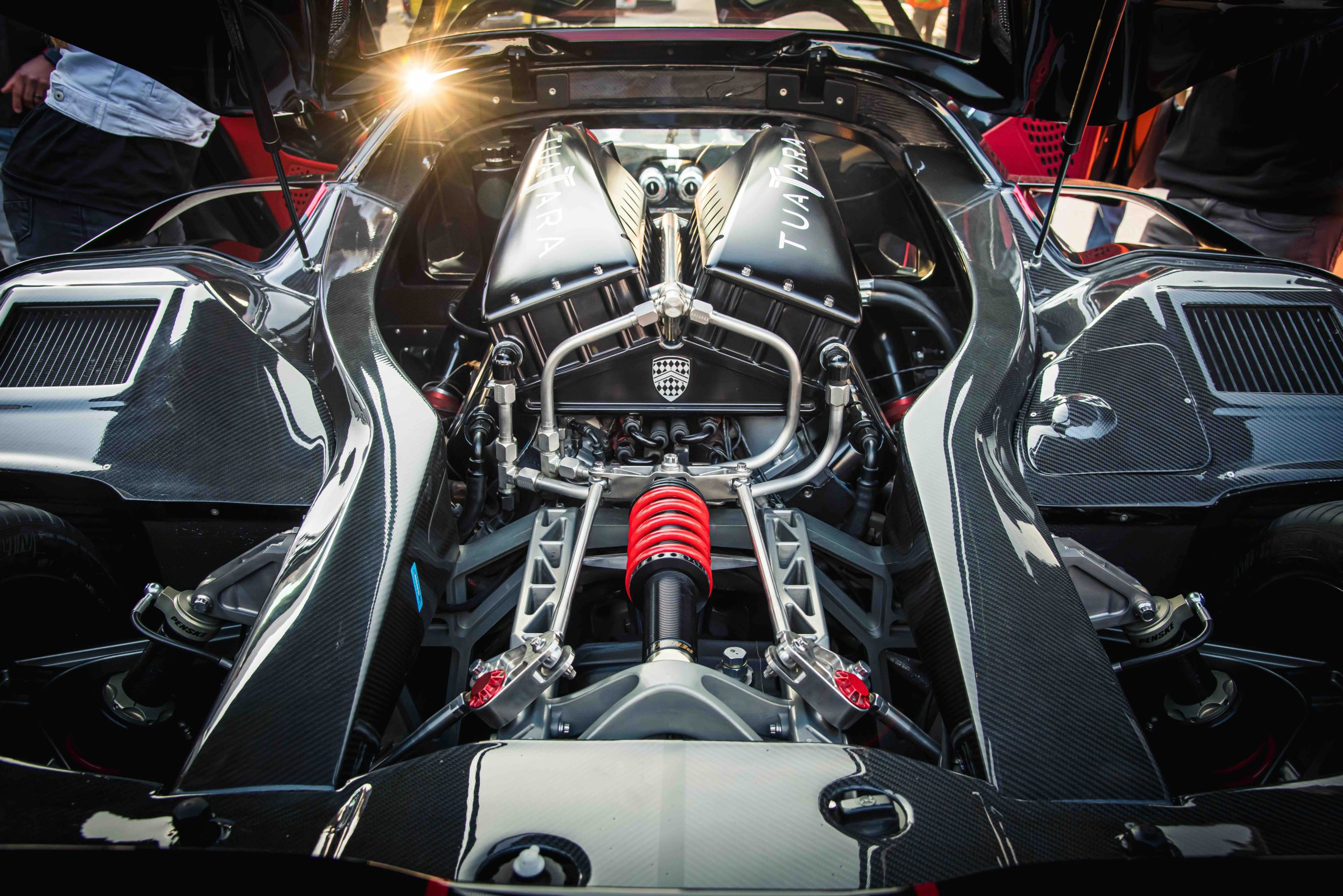 SSC Tuatara engine