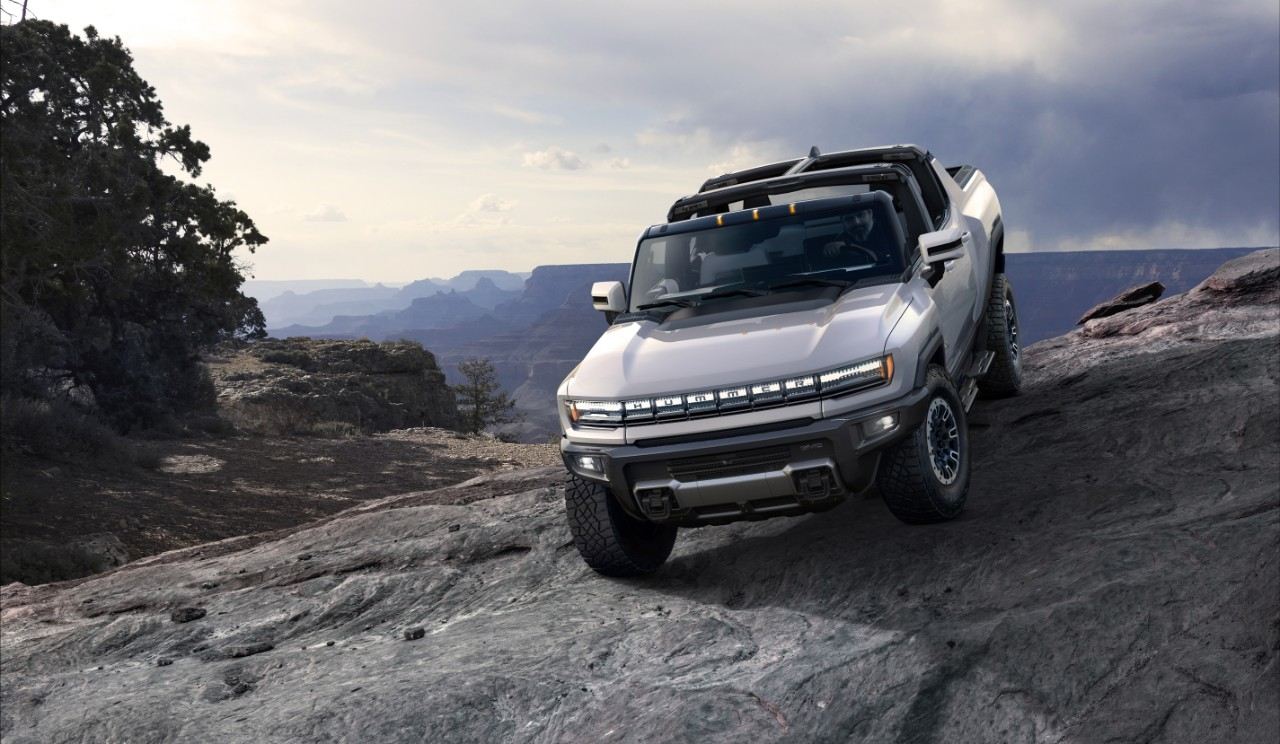 2022 GMC Hummer EV Promises 'Electric Supertruck' With Bizarre Abilities