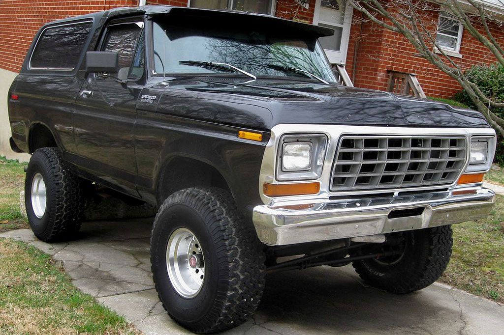 Ford Bronco 2-Door SUV