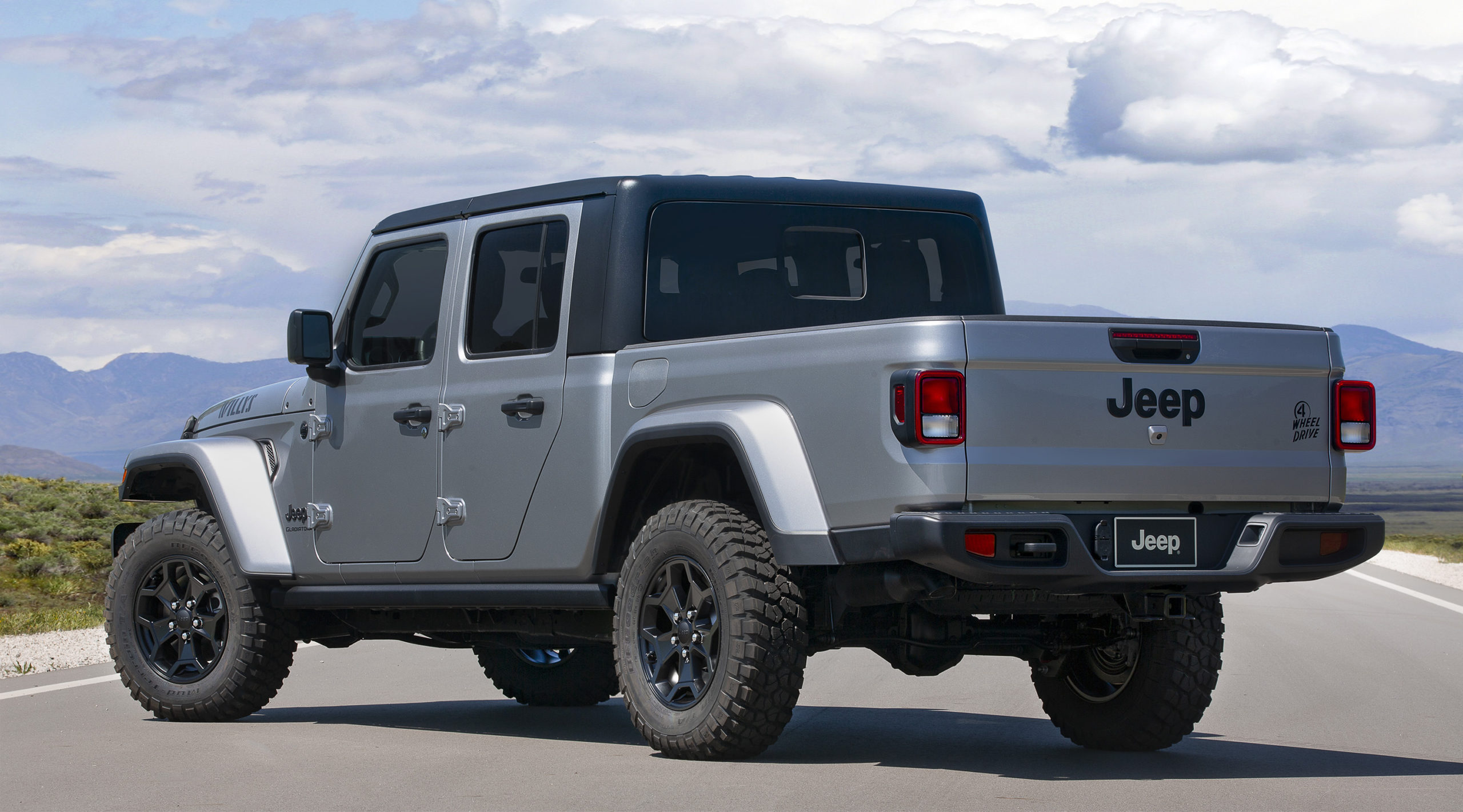 2021 Jeep Gladiator Willys rear 3/4