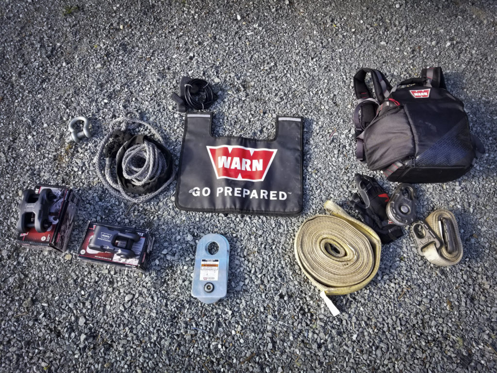 WARN off-road recovery kit