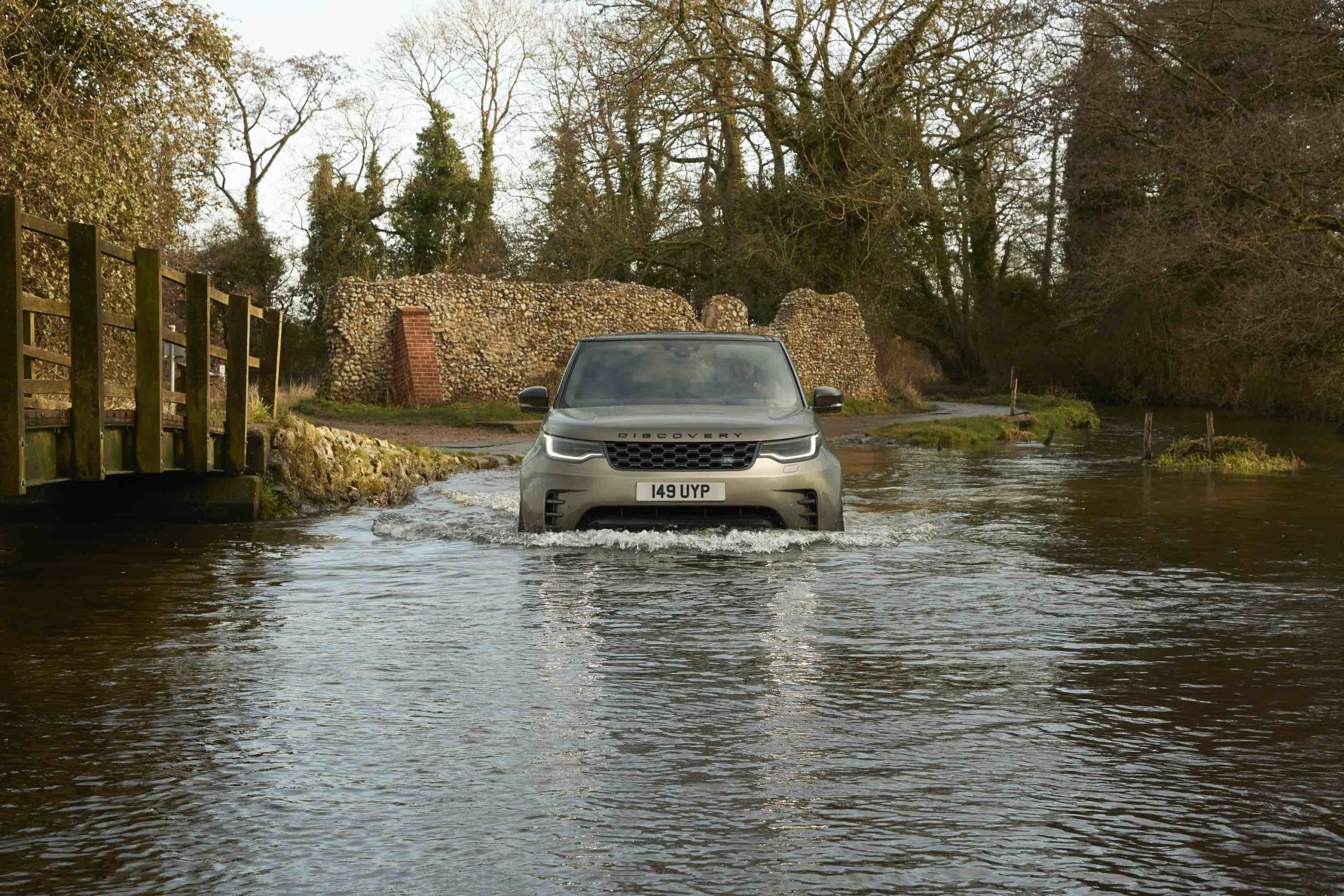 Land Rover Discovery water fording