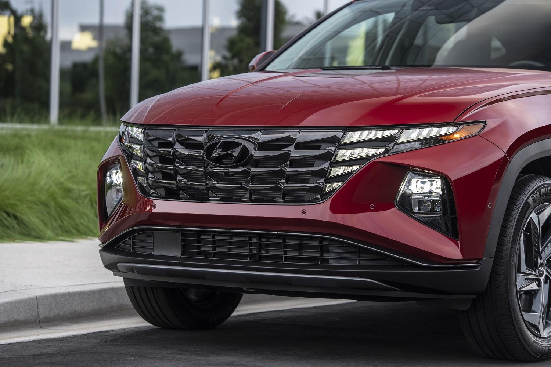 2022 Hyundai Tucson front grille