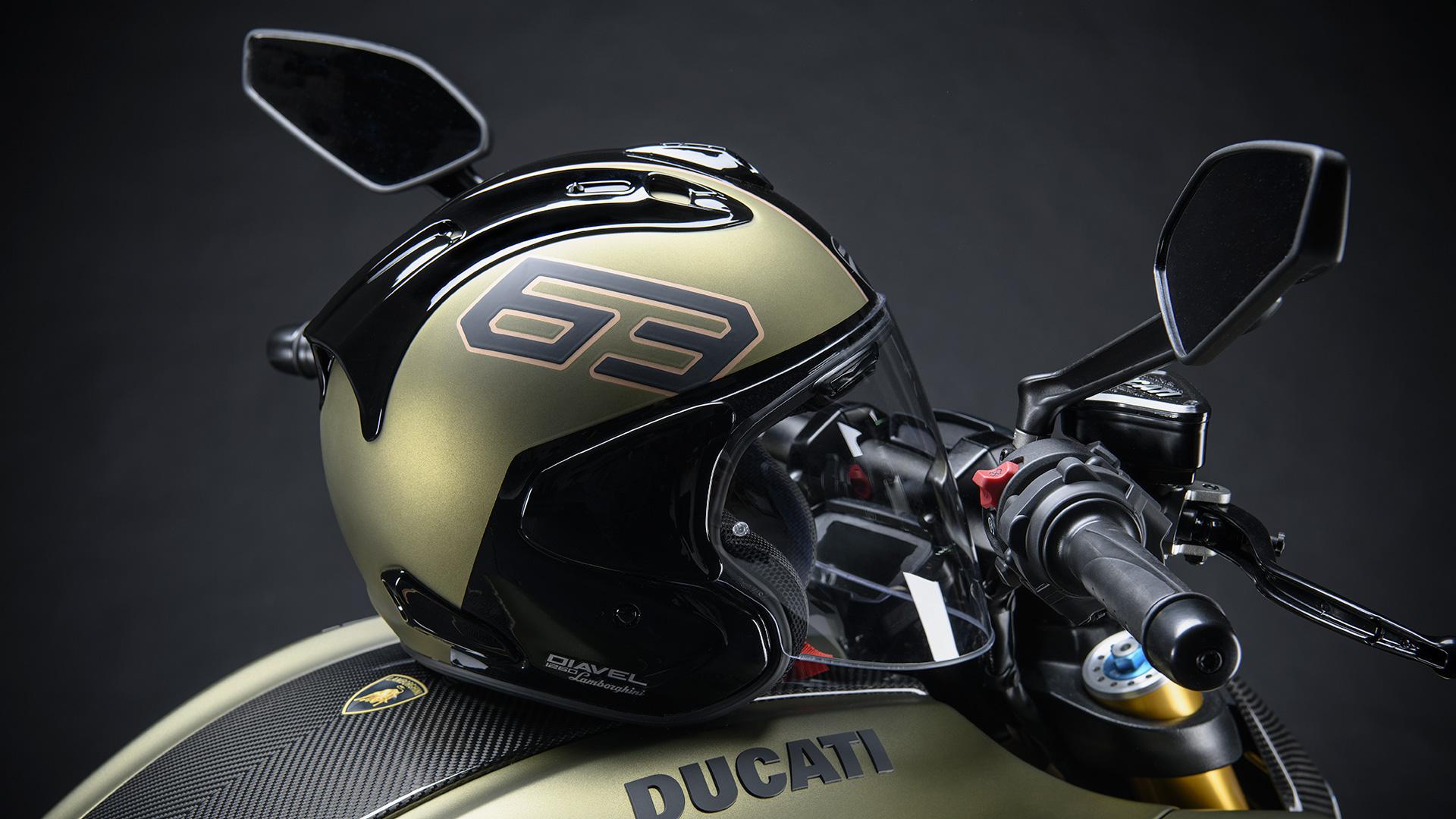 Centro Stile Ducati helmet