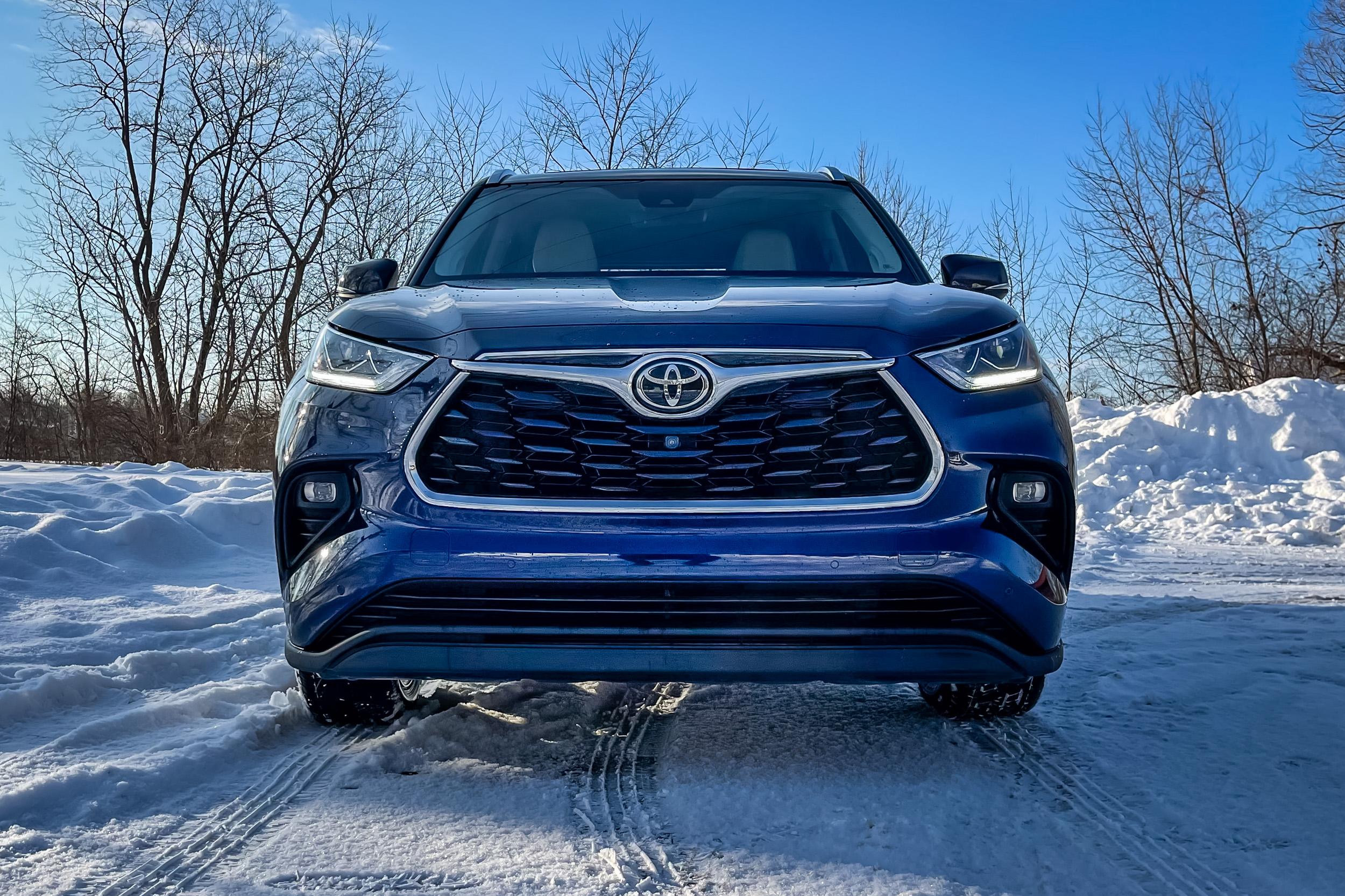 2021 Toyota Highlander Limited grille