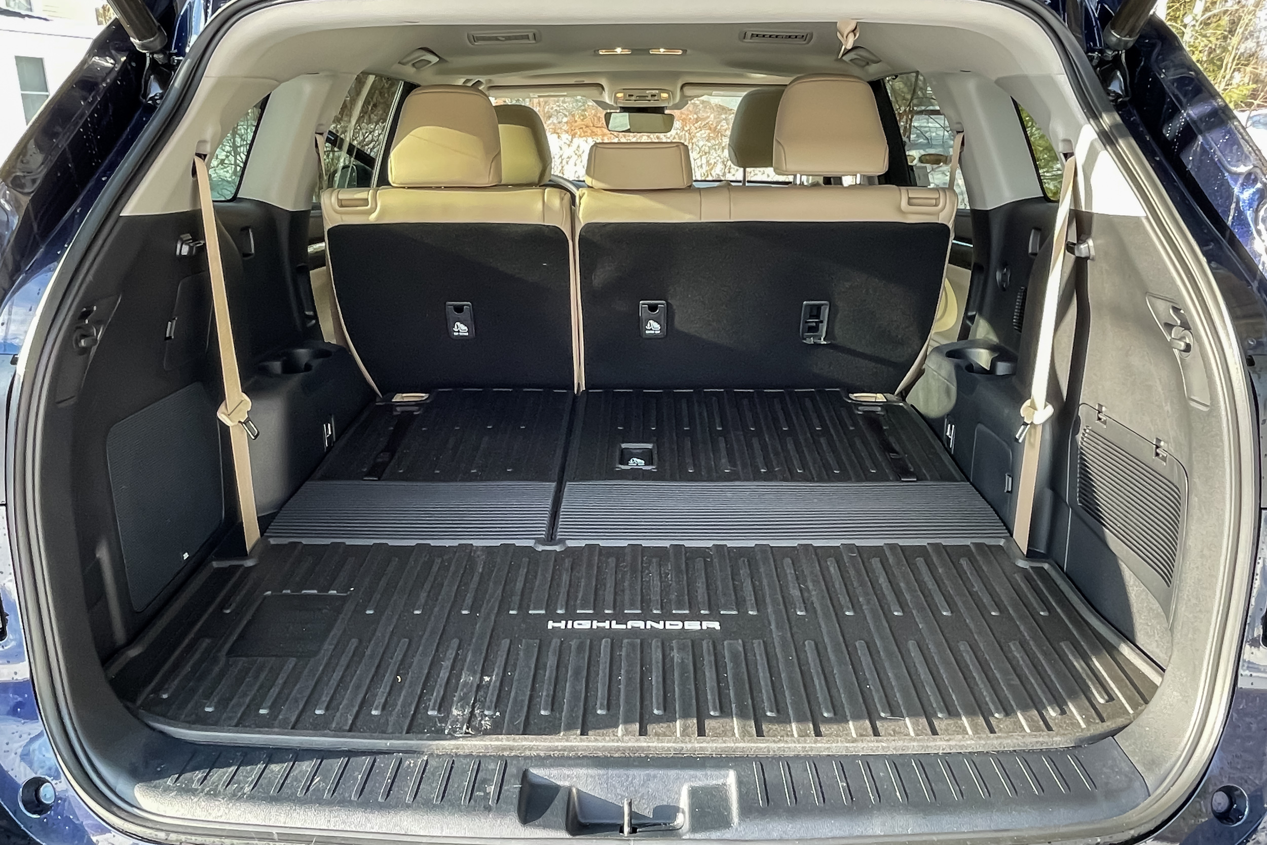 2021 Toyota Highlander Limited cargo area