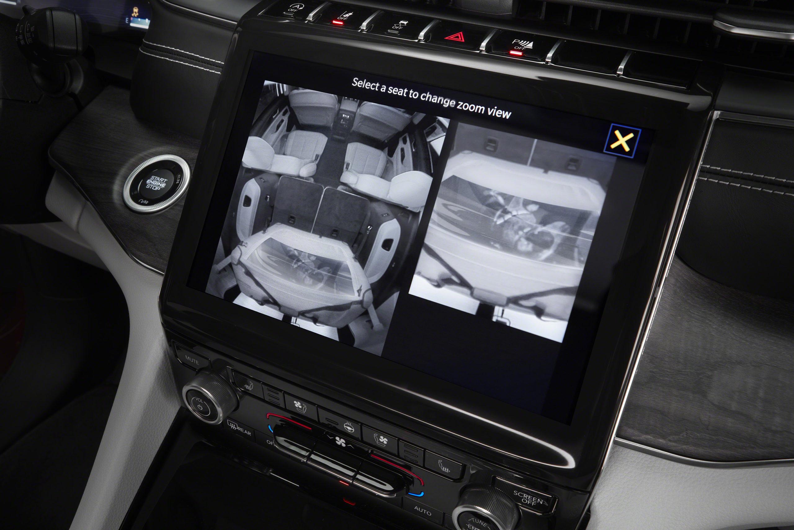 2021 Jeep Grand Cherokee L overland rear seat camera