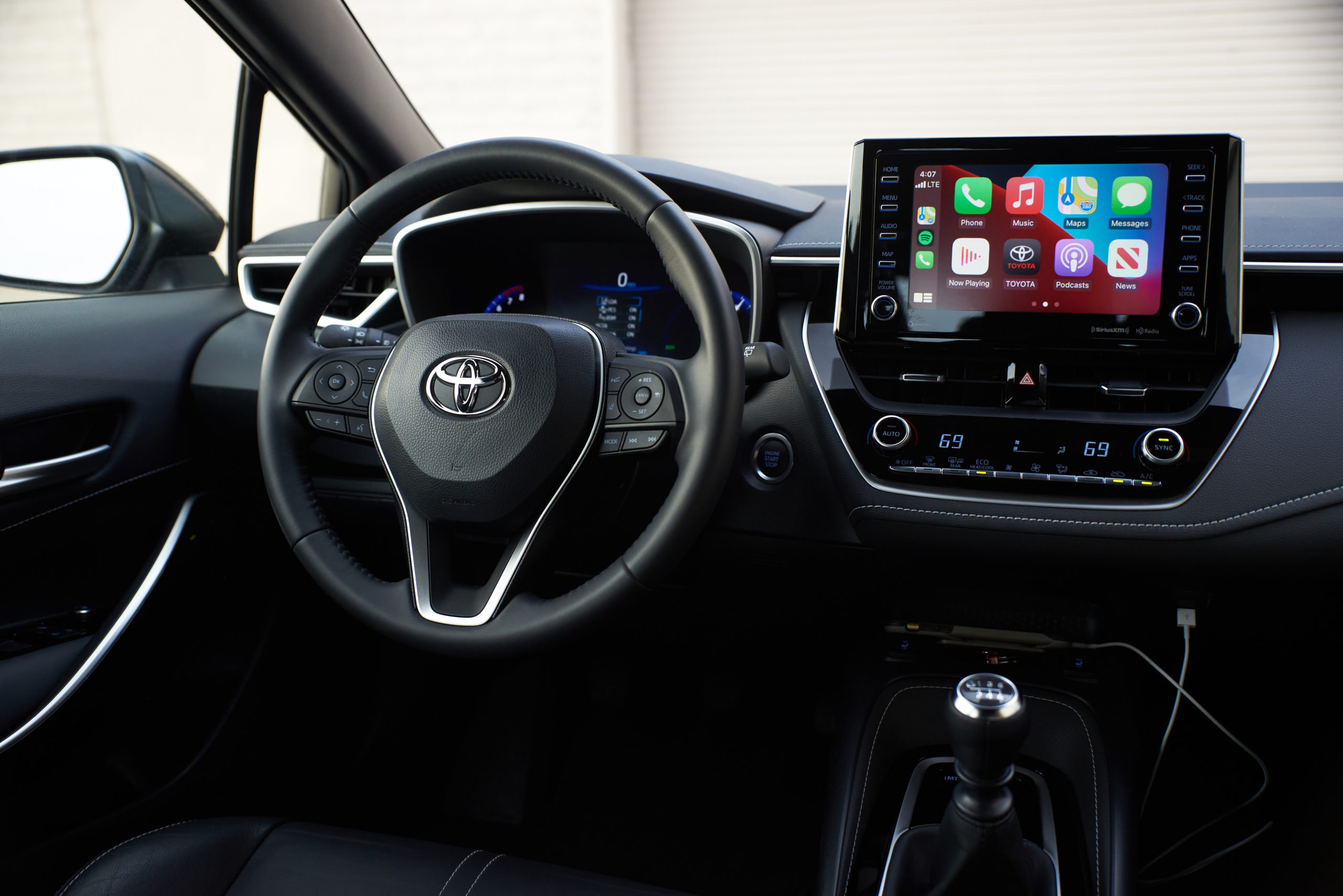 Apple Carplay in the 2021 Toyota Corolla XSE