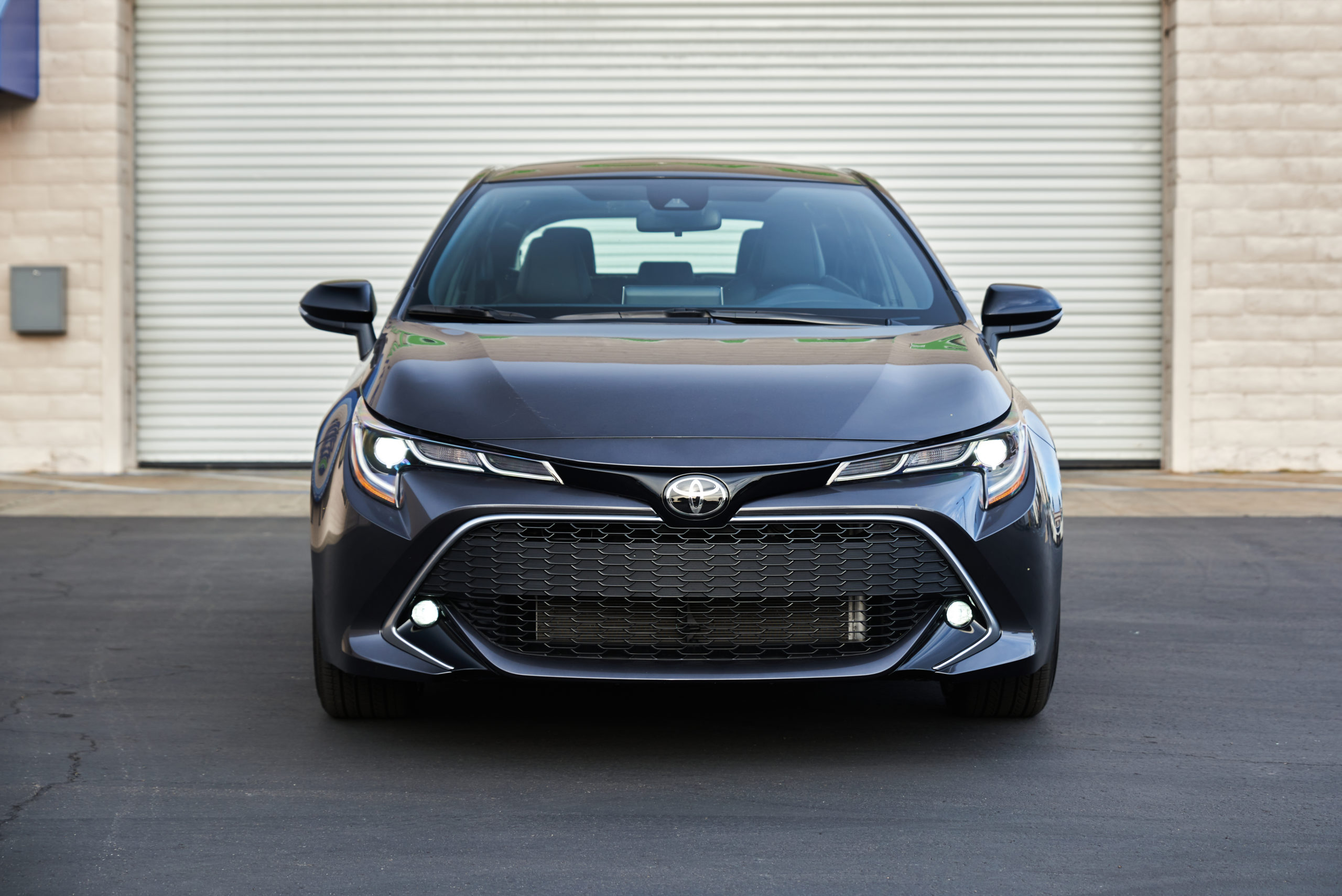 2021 Toyota Corolla XSE Hatchback Front End