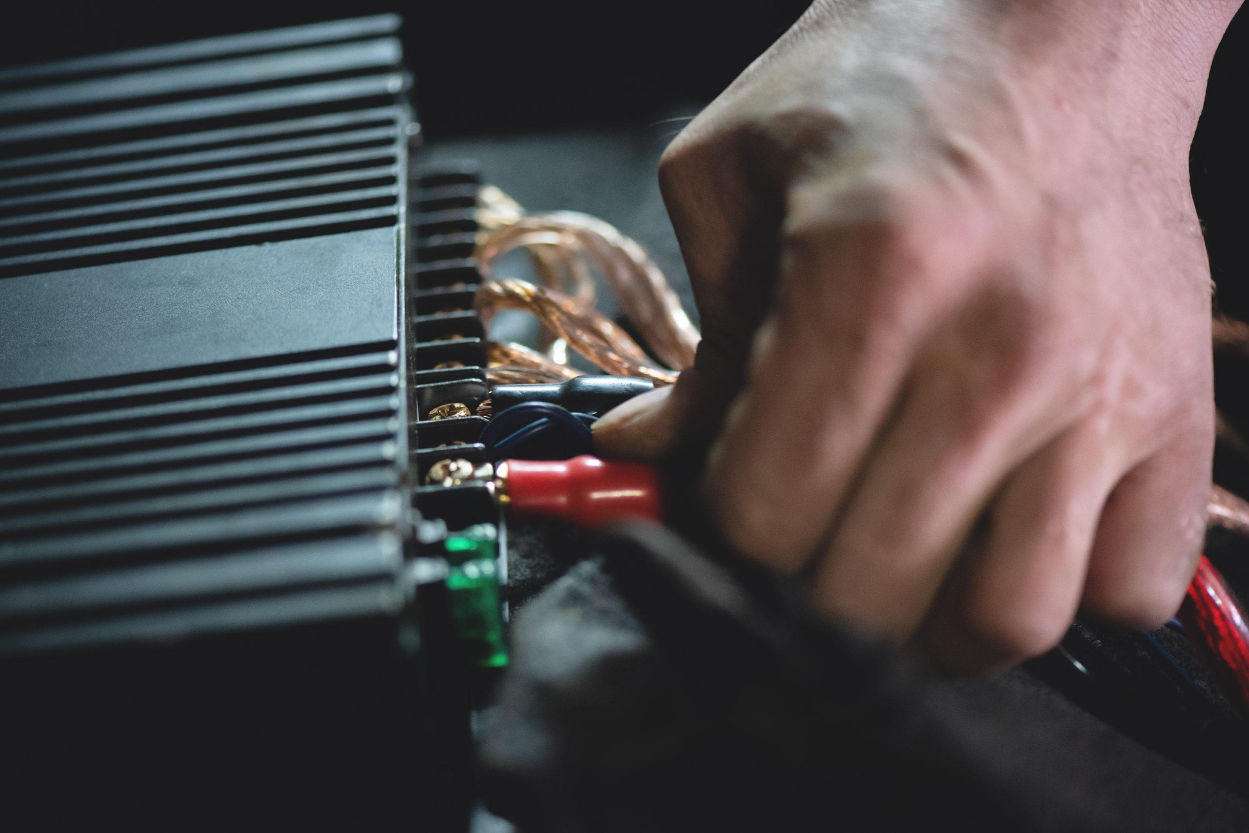 Installing an Amp