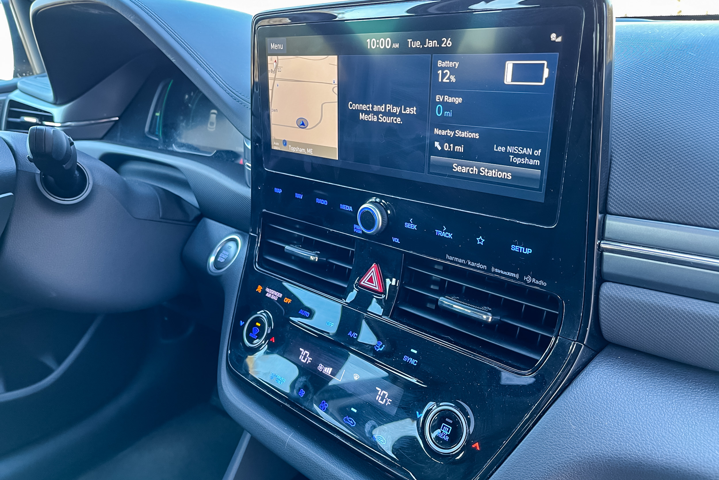 2021 Hyundai Ioniq PHEV Limited infotainment screen