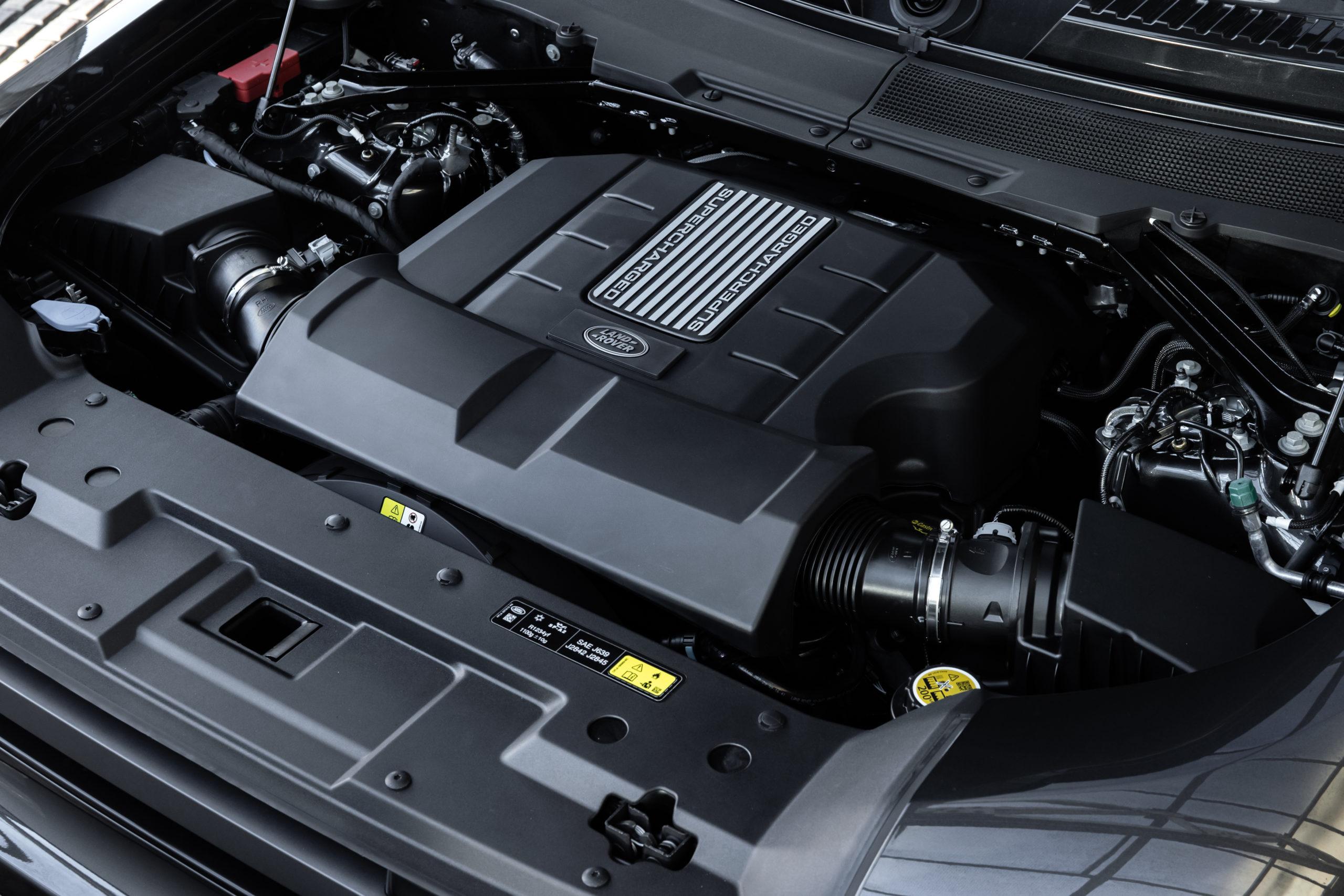 2022 Land Rover Defender 5.0L supercharged V8