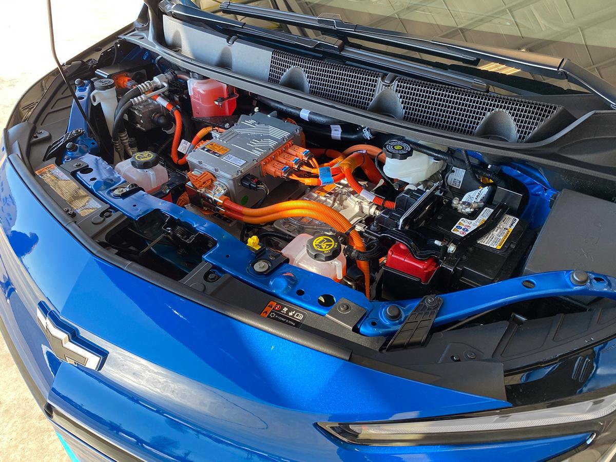 2022 Chevrolet Bolt EUV motor under the hood