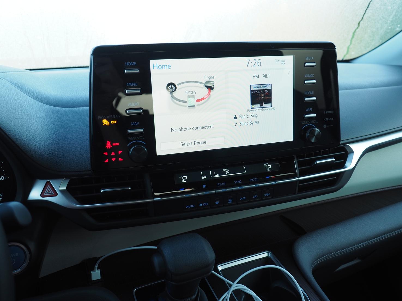 2021 Toyota Sienna display