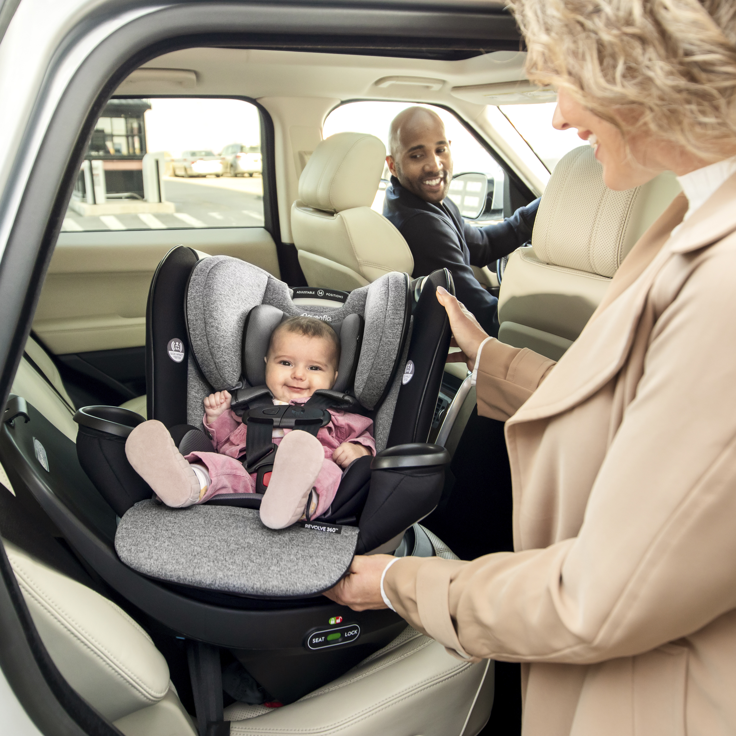 Evenflo Gold Revolve360 car seat