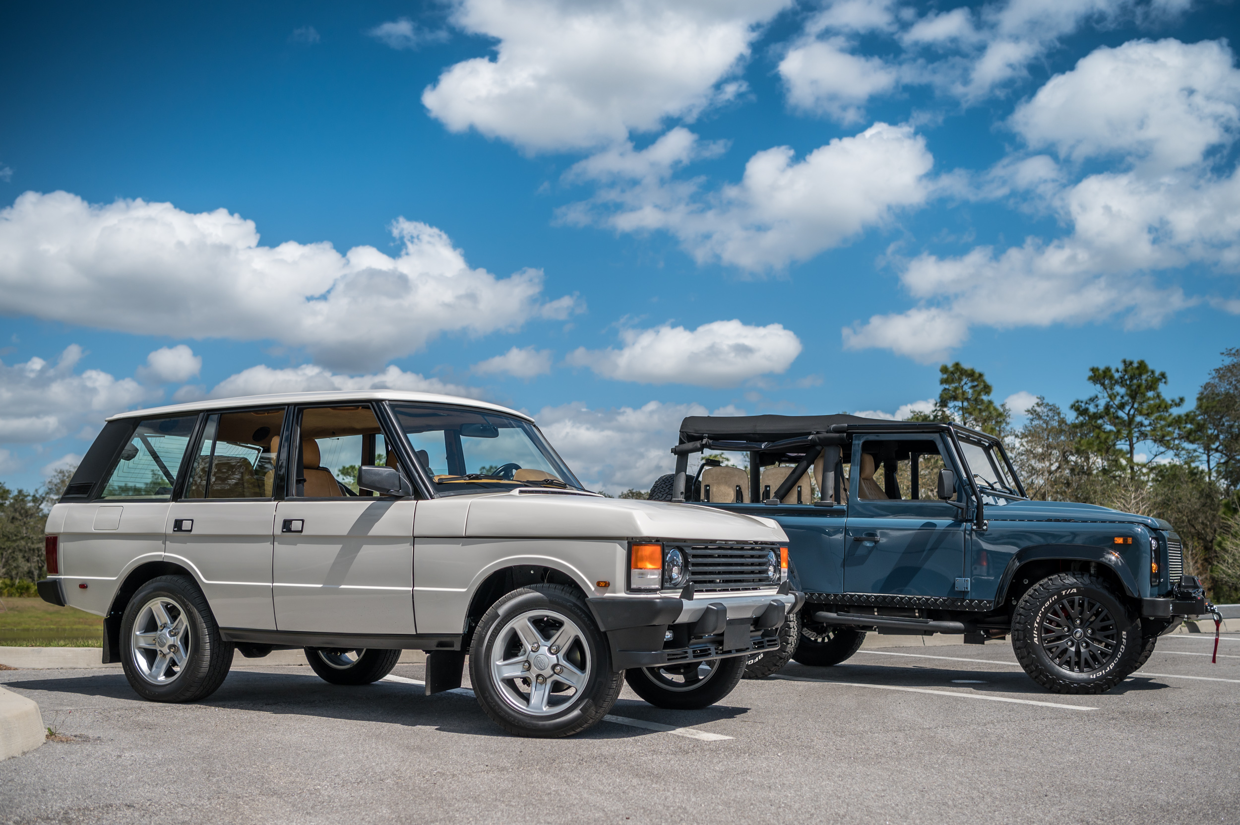 ECD tesla-powered Range Rover Classic and LS-powered Defender 90