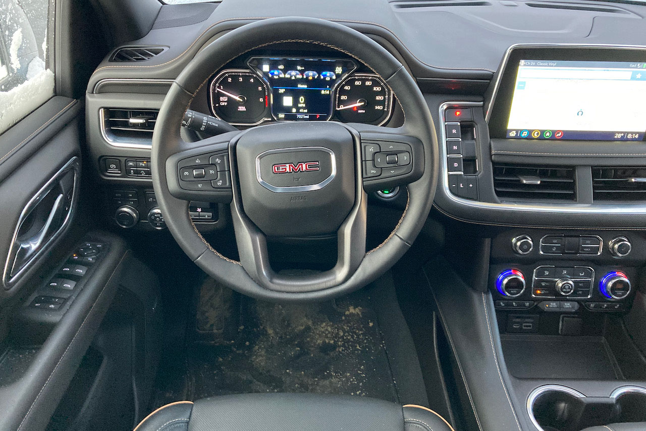 2021 GMC Yukon AT4 steering wheel