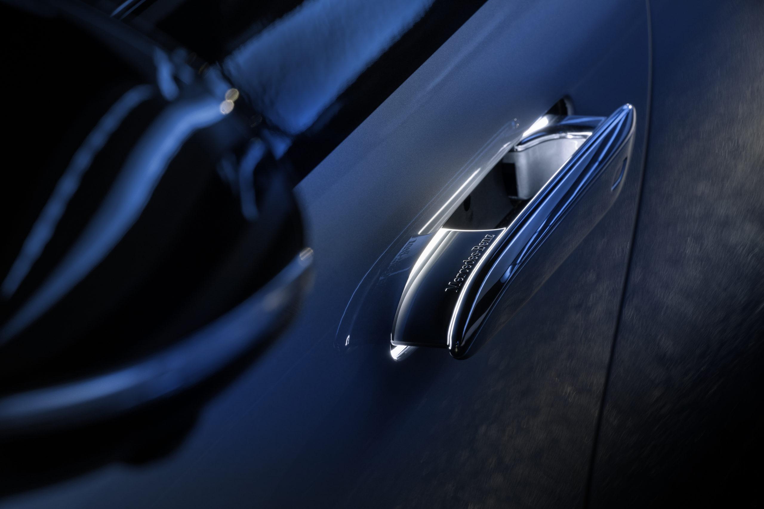 2022 Mercedes EQS door handles