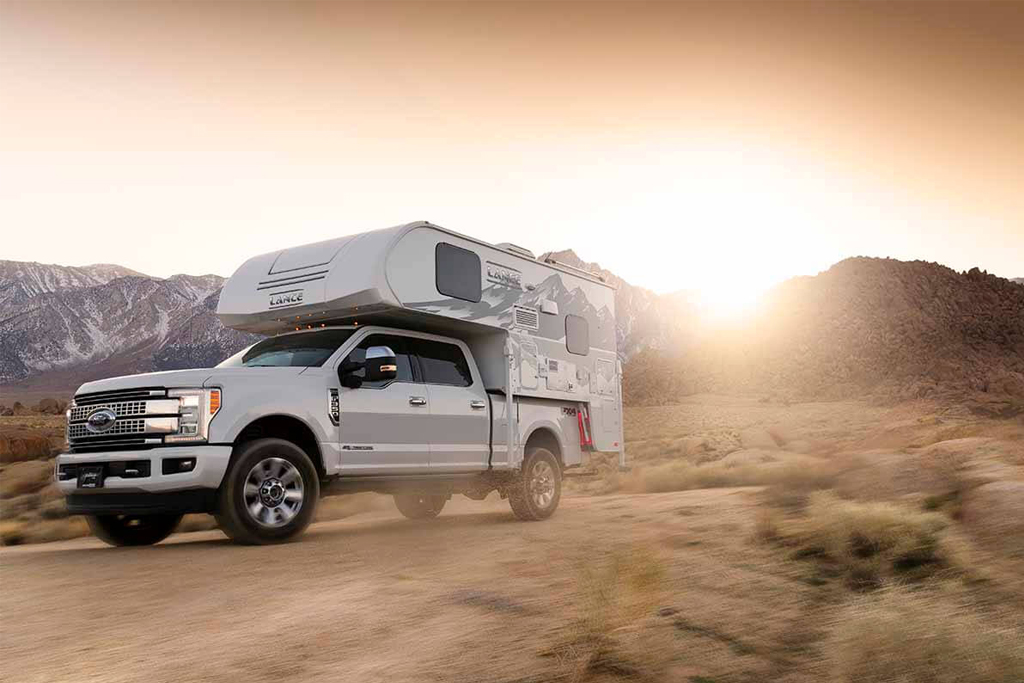 Best Truck Campers: Lance TC 825