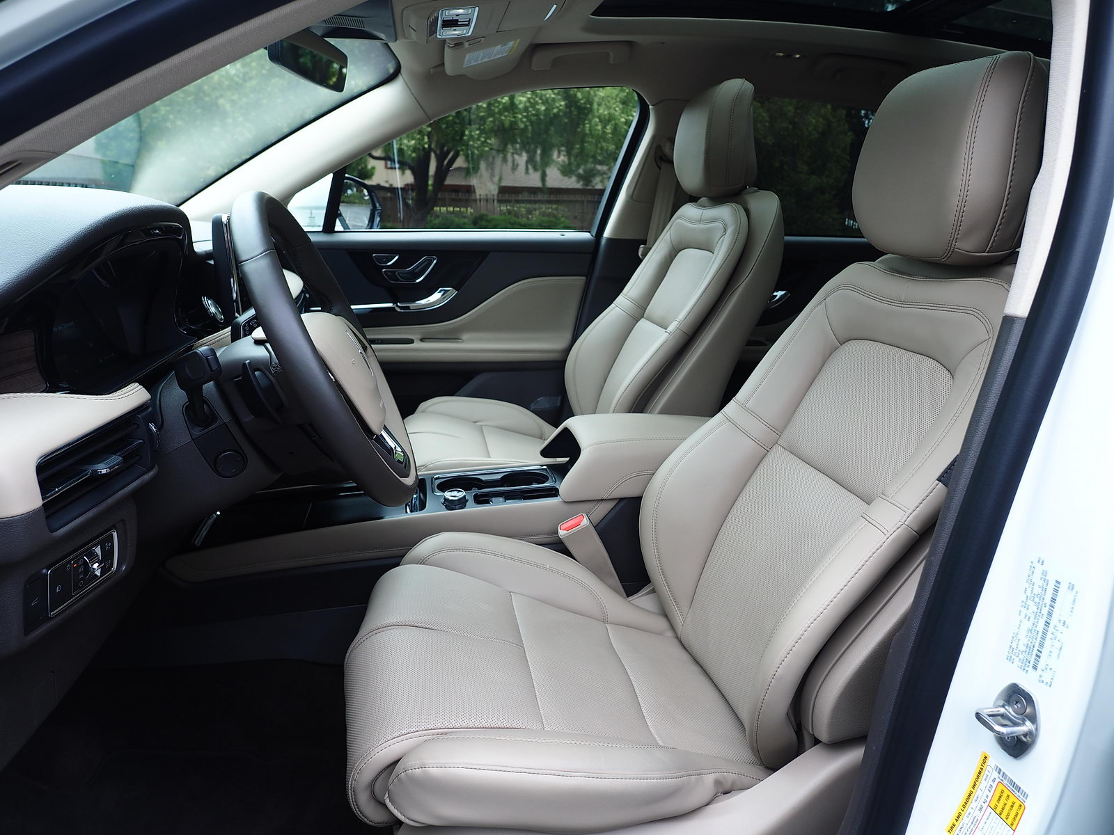 front seat of 2021 Lincoln Corsair