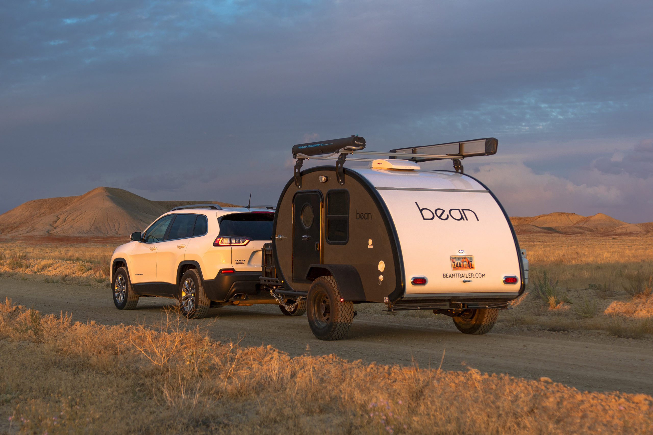How To Install Air Bags For Better Towing With Your CUV