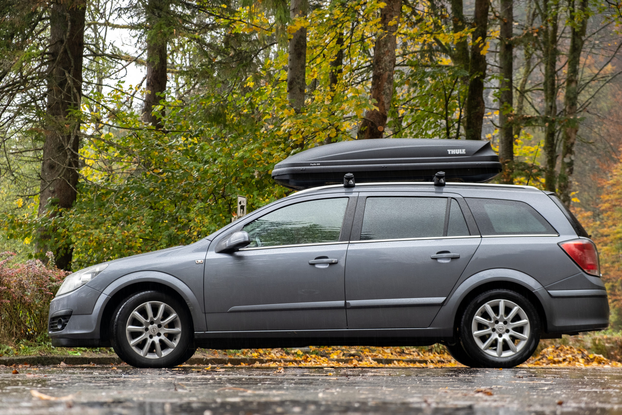 10 Best Cargo Boxes [Buying Guide]