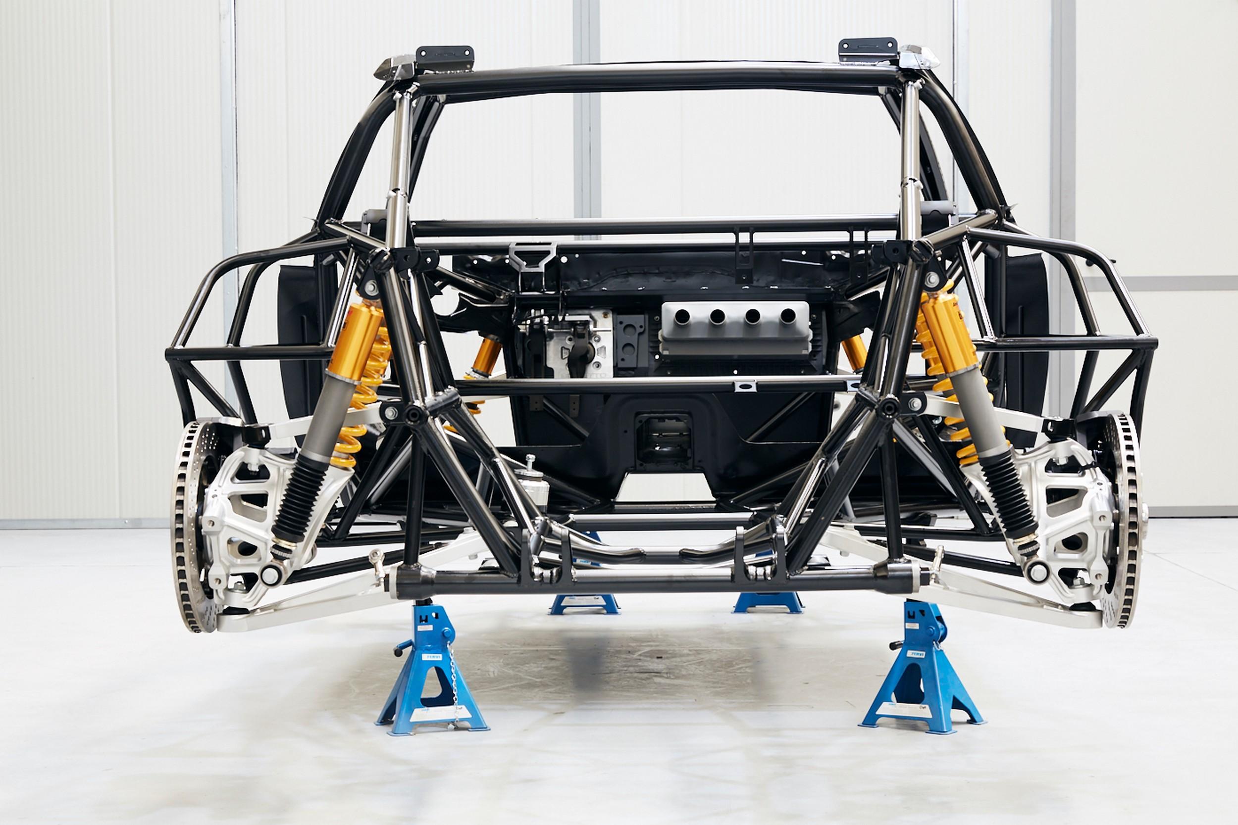 Kimera EVO37 Chassis on Display