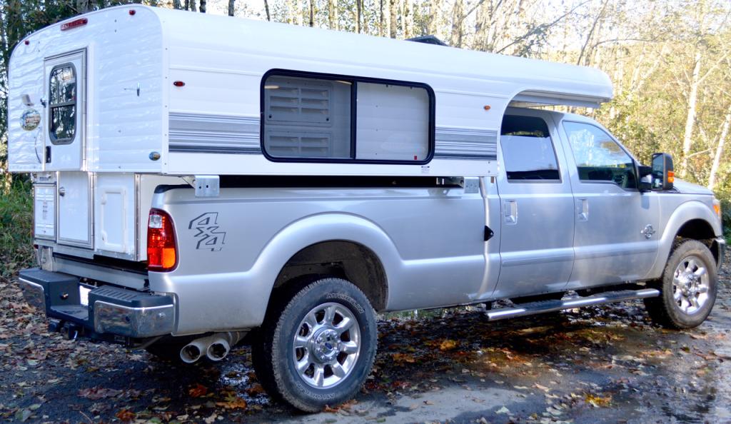 Best Truck Campers:Alaskan 8.5FD Truck Camper