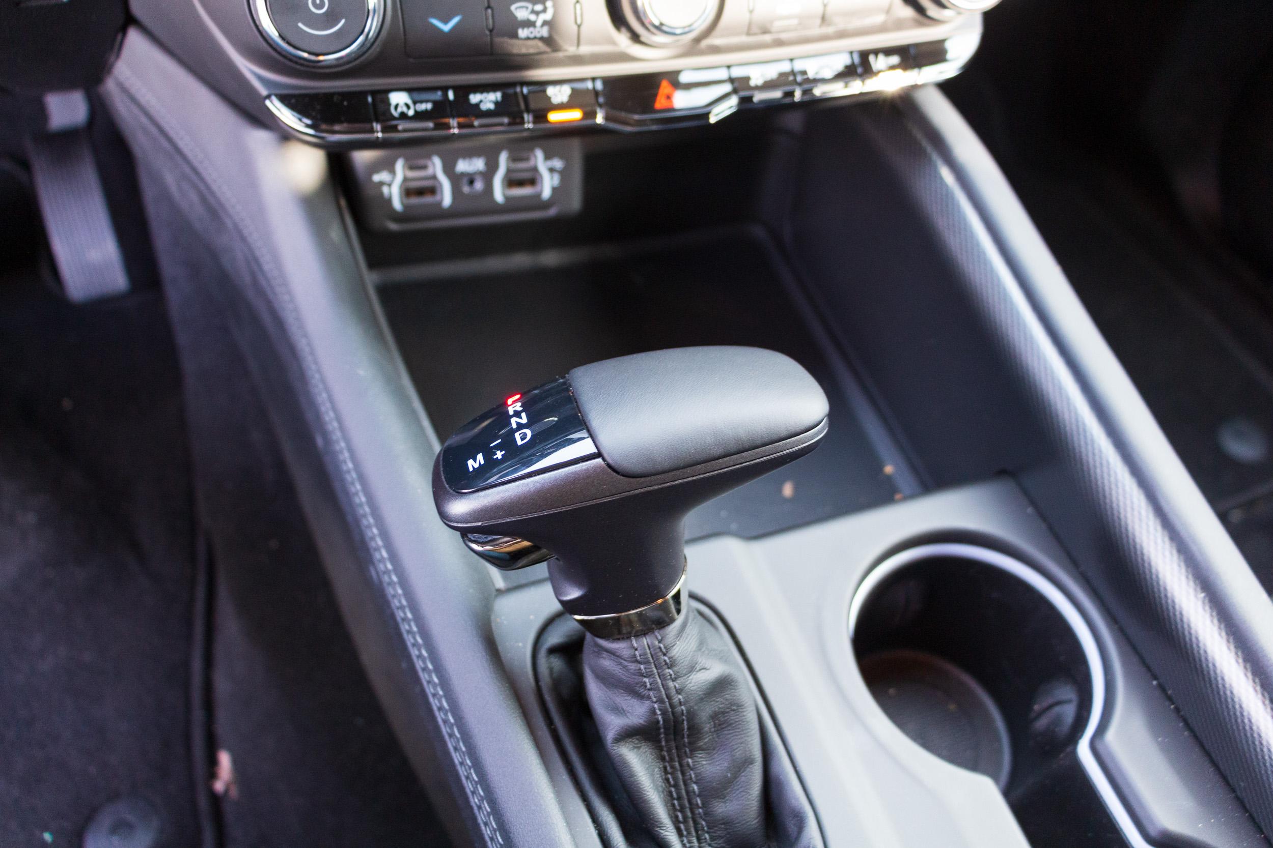 2021 Dodge Durango GT shifter