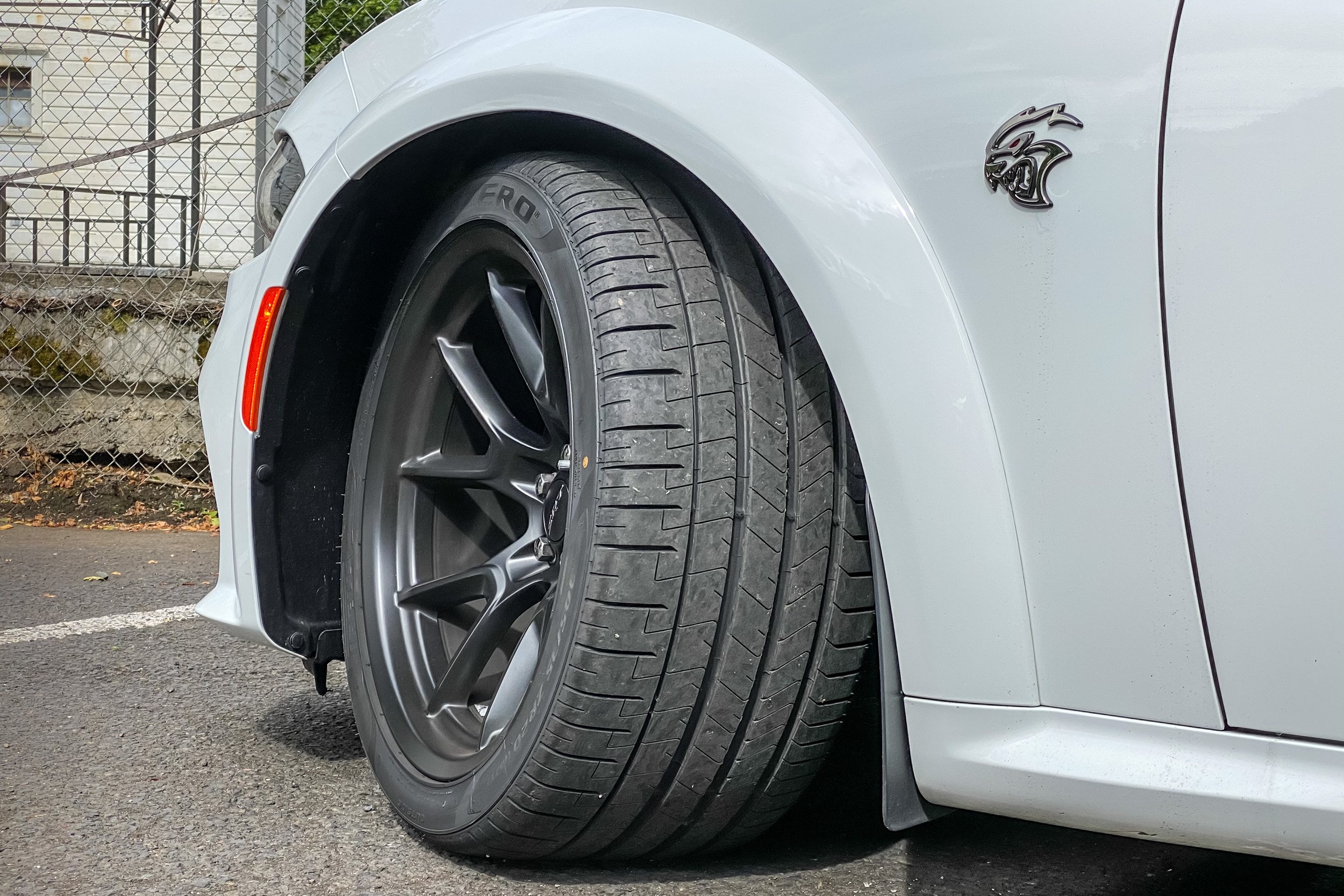 2021 Dodge Charger SRT Hellcat Redeye Widebody front tire
