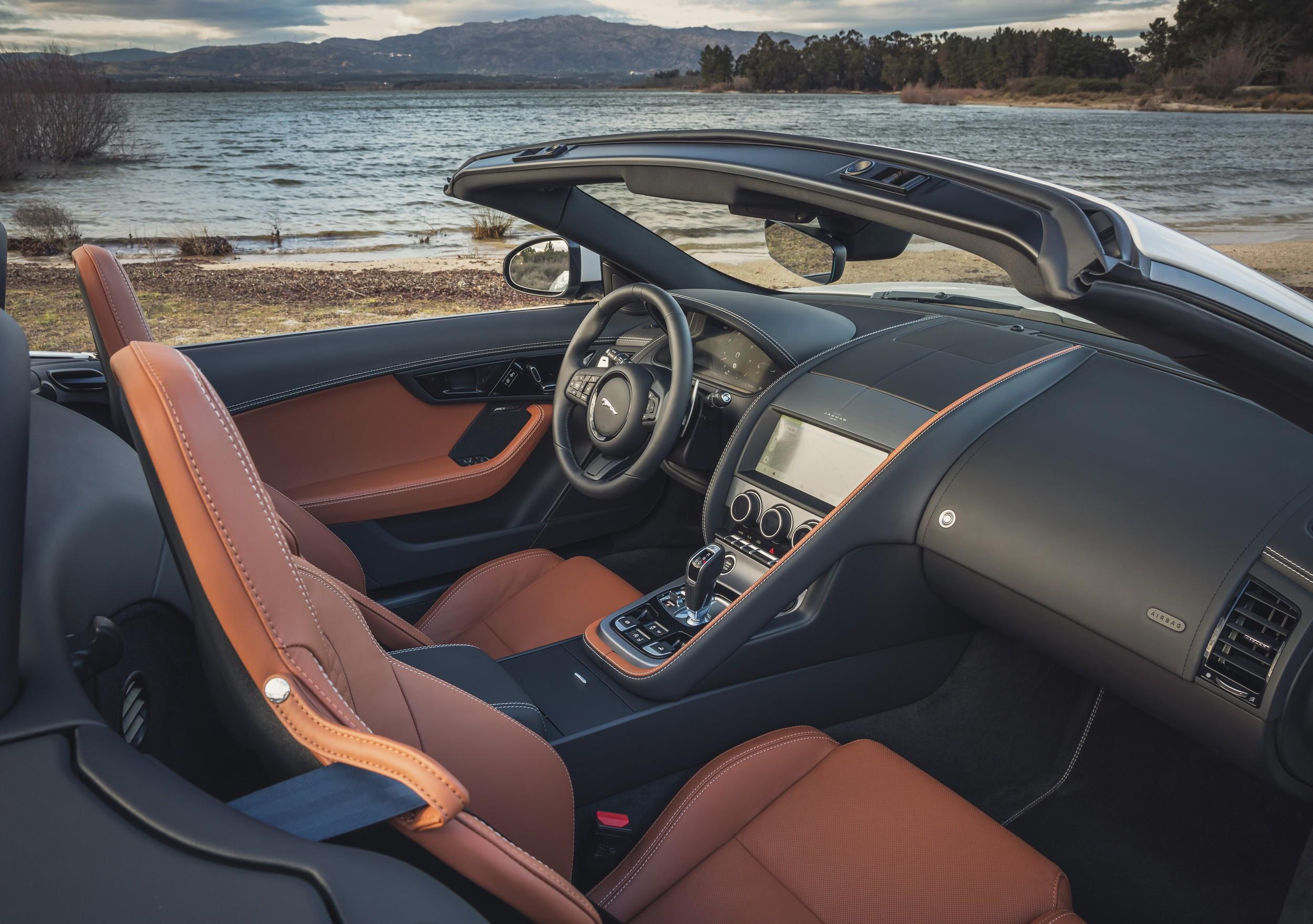 2022 Jaguar F-Type P450 interior