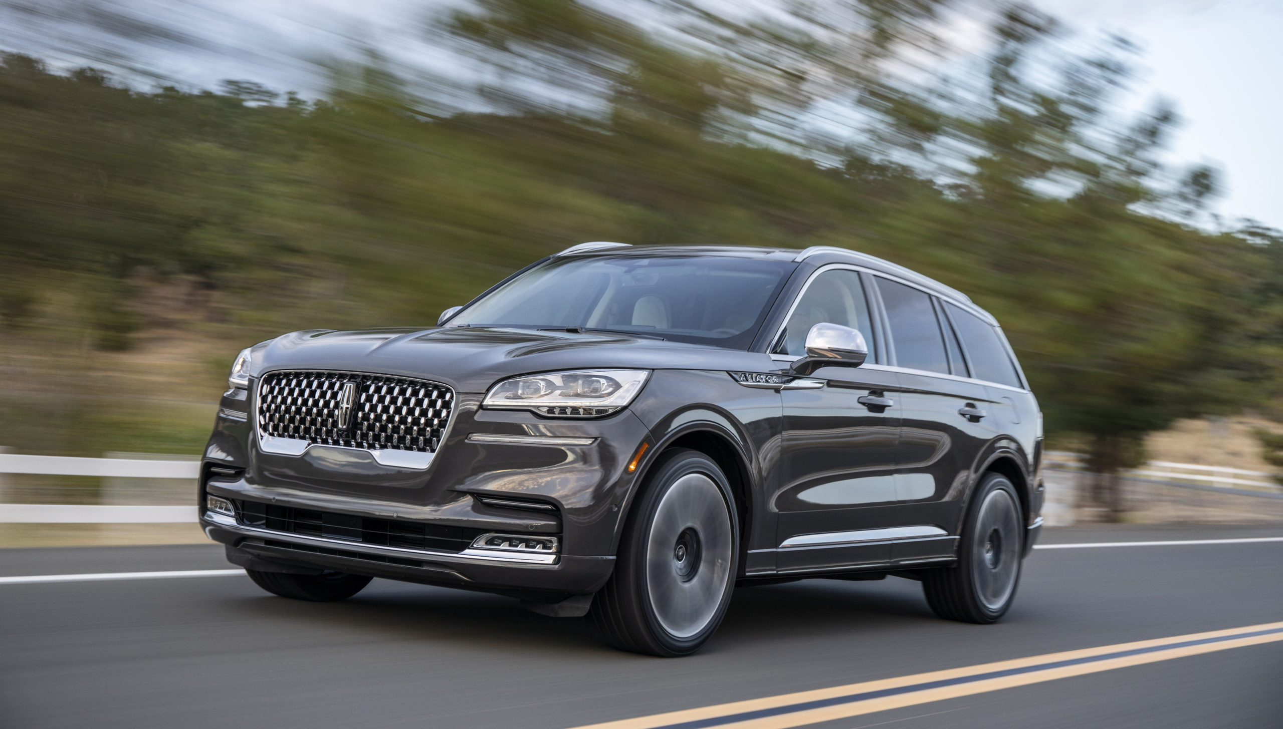 safety and luxury both coexist in the 2021 Lincoln Aviator