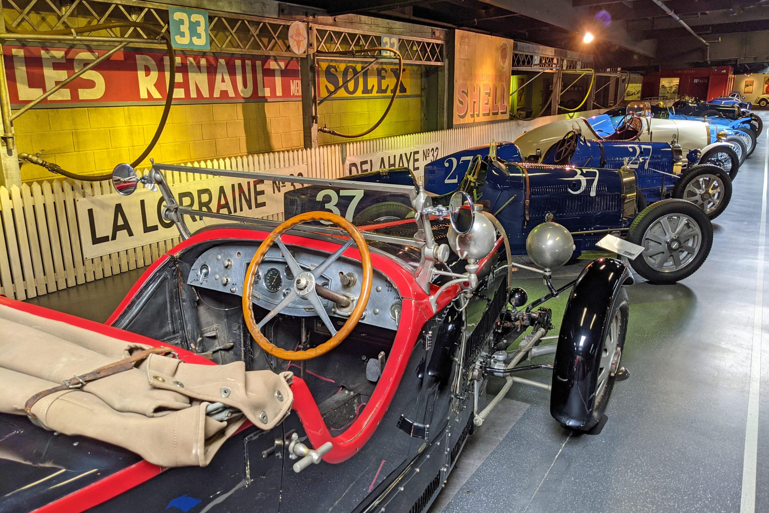 """Mullin Automotive Museum """"Le Mans"""" diorama"""