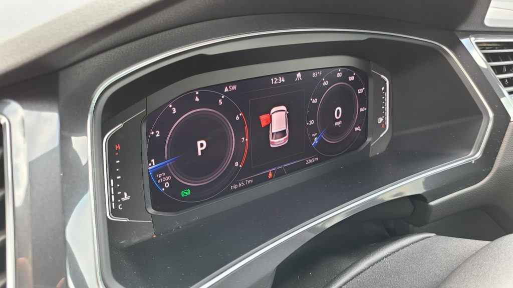 2021 Volkswagen Tiguan SEL Premium R-Line digital cluster