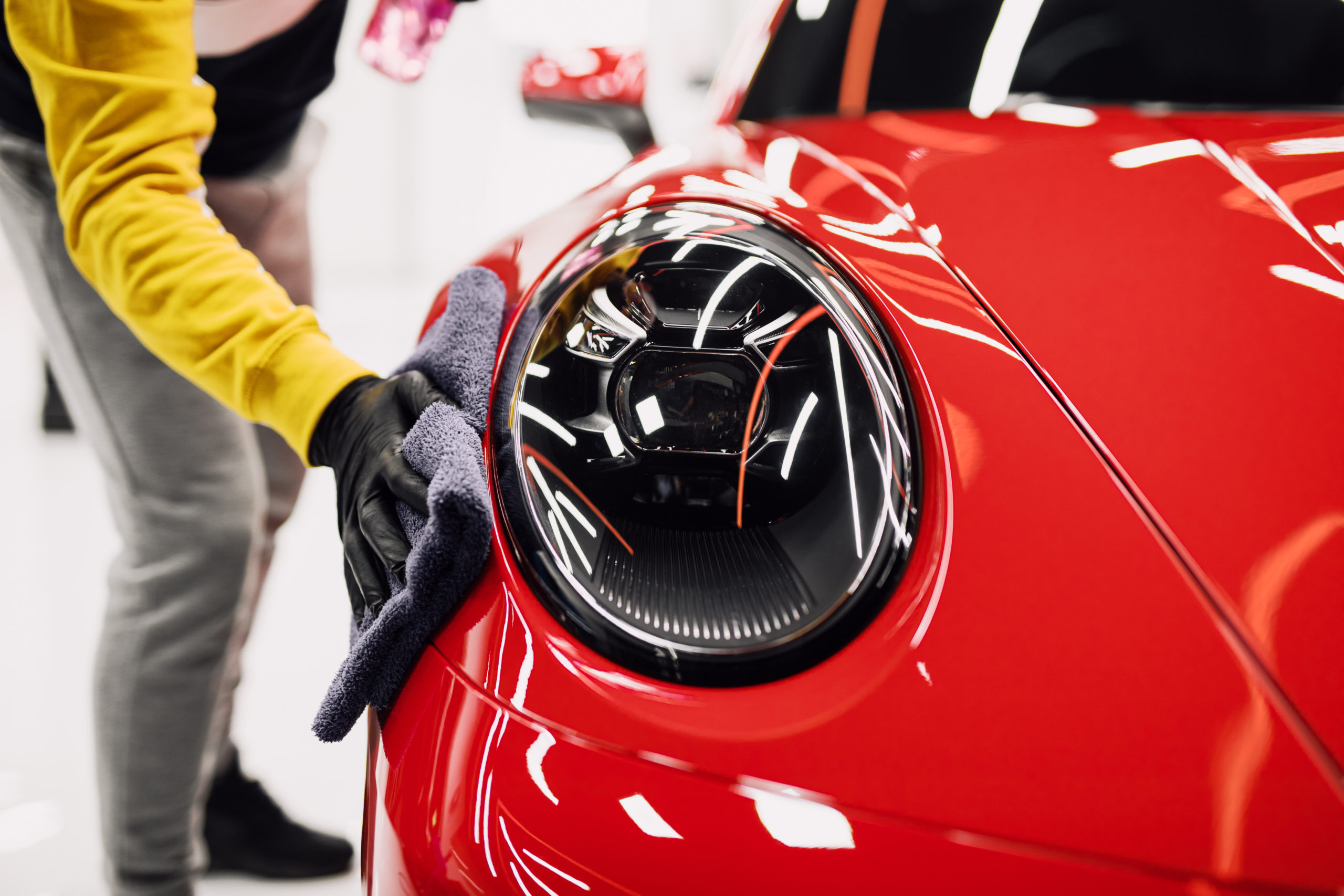 how to detail your car - buffing off wax